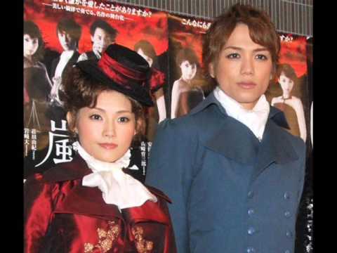 安倍なつみと山崎育三郎の子供は何人?名前は?性別、生年月日は?