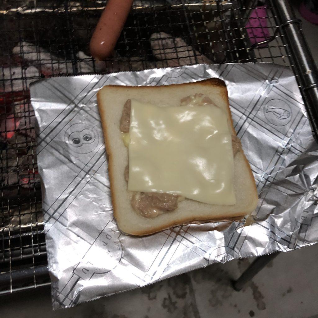 バーベキューでトーストの焼き方|特別な道具は要らなかった!